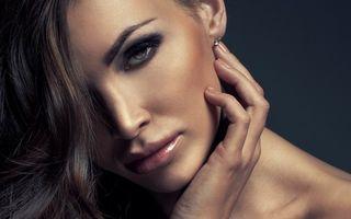 Ce femei le plac bărbaţilor? 10 calităţi pe care ar trebui să le ai pentru a frânge inimi