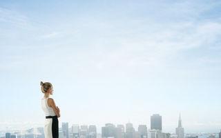 De ce sunt singure multe femei de succes?