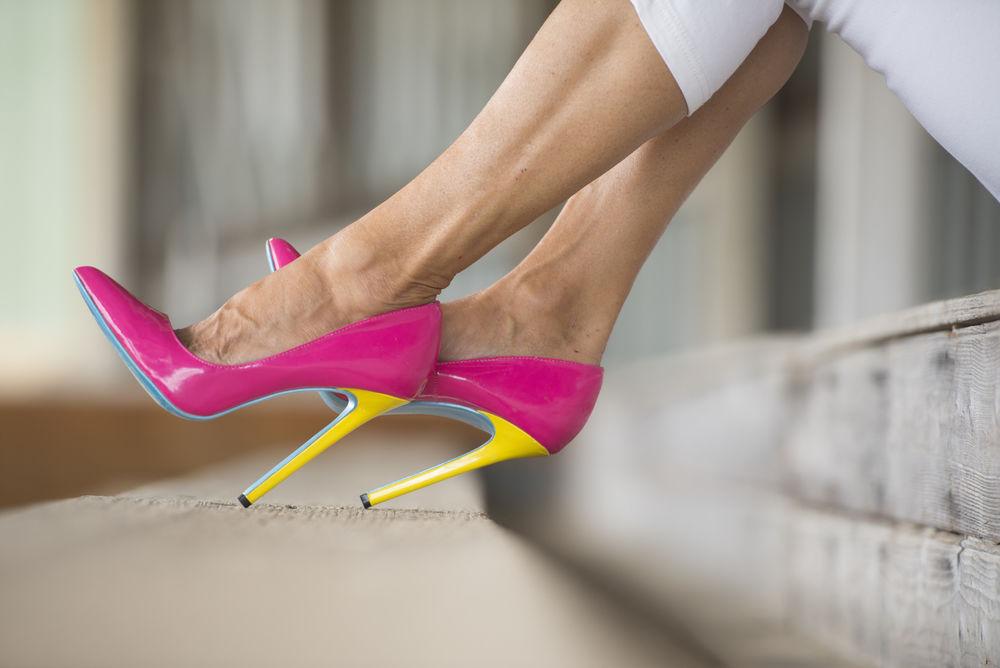 Pantofi fucsia