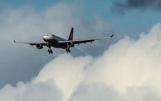 Un avion cu 66 de pasageri la bord s-a prăbuşit în Marea Mediterană