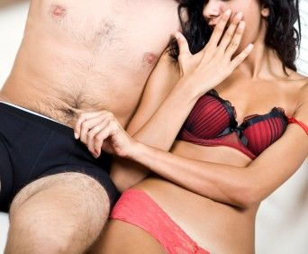 Cum să ameliorați excitarea și să întârziați o erecție