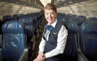 La 80 de ani, e stewardesă şi nu se gândeşte la pensie!