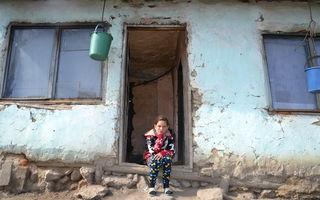 Din şase copii, unul singur nu a abandonat şcoala