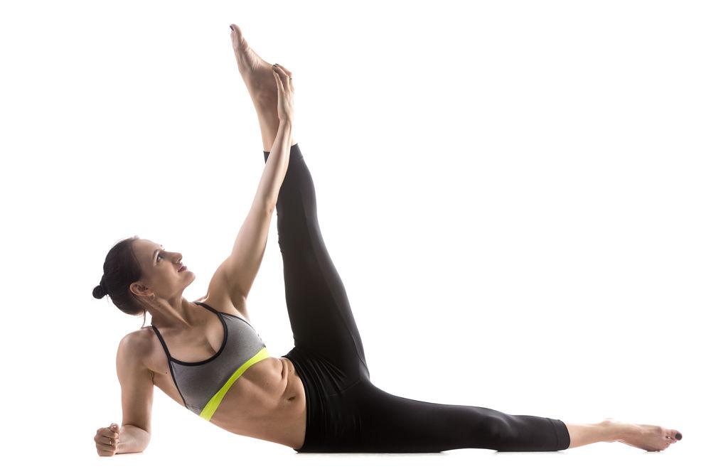 Femeie care face exercitii