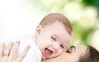 Indemnizaţia minimă de creştere a copilului creşte de la 600 lei la 1.063 de lei. Toate modificările, aplicate de la 1 iulie