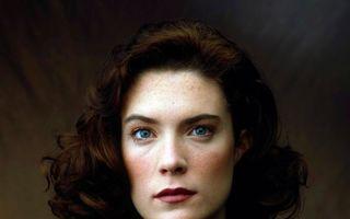 "Lara Flynn Boyle, de nerecunoscut la 26 de ani de la ""Twin Peaks"". Transformarea e şocantă!"