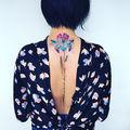 Un nou trend: Tatuaje care par rupte din natură. Pe care ţi l-ai face?