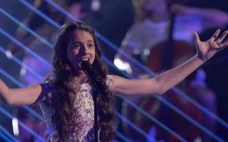 Laura Bretan a impresionat din nou juraţii la America's Got Talent şi merge mai departe - VIDEO