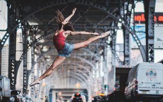 Fotografii uimitoare: balerinii care se antrenează pe străzile din New York