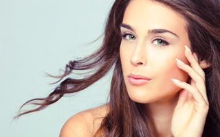 6 mituri despre îngrijirea pielii demontate de medicul dermatolog