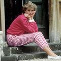 19 ani de când Prinţesa Diana ne-a părăsit: 10 imagini simbolice din viaţa ei