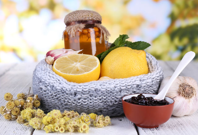 Remedii naturale pentru durerile de gat