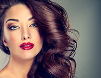 Reguli de make-up care s-au dovedit a fi un mit