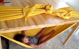 Trucuri geniale inventate de părinți pentru copiii lor. Sunt foarte utile!