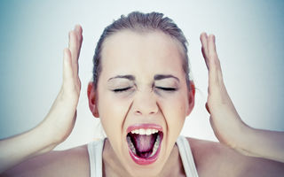 Cancerul apare din cauza furiei neexprimate. Iată ce spun studiile