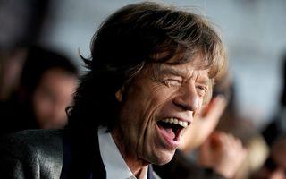 Prima imagine cu cel de-al optulea copil al lui Mick Jagger