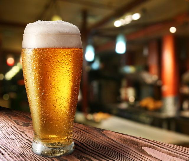 Consumul de alcool în adolescență are efecte grave. Iată ce spun studiile