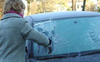 7 trucuri eficiente pentru maşina ta. Scapi de probleme iarna!