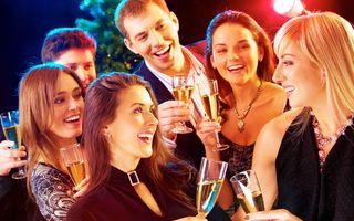 6 trucuri ca să impresionezi pe oricine la o petrecere chiar dacă nu eşti sociabil