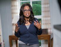 Oprah Winfrey a slăbit 18 kilograme şi mănâncă orice. Cum a reuşit?