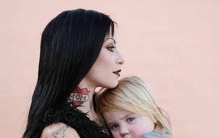 Cele mai moderne mame din lume. Fotografii inedite!
