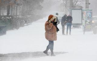 Alertă ANM: Cod portocaliu și Cod galben de ninsori și viscol în 15 județe și București