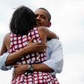 Iubirea incredibilă dintre Barack şi Michelle Obama în imagini
