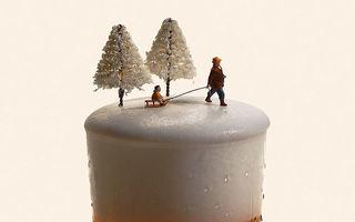Realitatea zilelor noastre reprezentată prin miniaturile unui artist japonez