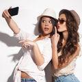 Ce spun selfie-urile pe care le faci despre tine