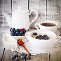 Ce să mănânci la micul dejun dacă eşti la dietă? 3 combinaţii perfecte