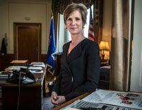 Cine e Sally Yates, femeia care a îndrăznit să-l înfrunte pe Donald Trump