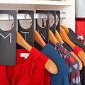 15 idei geniale de organizare a dulapului şi sertarelor. Imagini utile!