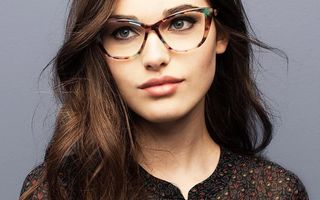 Ce ochelari de vedere se poartă în 2017? 5 stiluri în tendințe