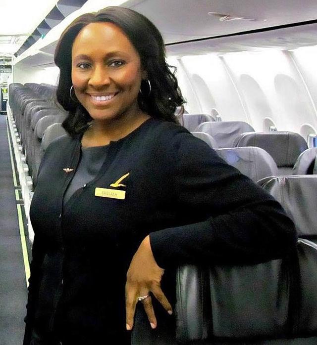 stewardesă