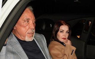 Nebunie la Hollywood: Tom Jones şi Priscilla Presley au o aventură, la peste 70 de ani!