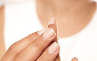 6 greșeli care îți deteriorează unghiile