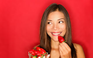 5 semne că mănânci prea multe fructe