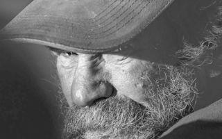 Adevărul în alb şi negru: Portretele dureroase ale celor care trăiesc pe stradă