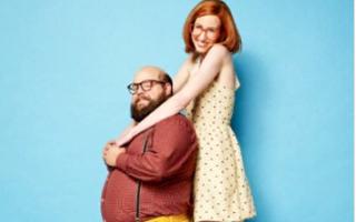 15 cupluri care demonstrează că oricine îşi poate găsi sufletul pereche