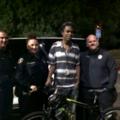 Gestul frumos al unor poliţişti: Au ajutat un tânăr sărac care făcea naveta pe jos noaptea