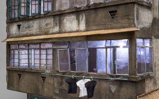 Viaţa la minibloc: Capodopera unui maniac al detaliilor - FOTO