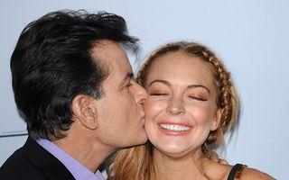 Cât costă o noapte cu Lindsay Lohan: Charlie Sheen i-a dat 250.000 de dolari