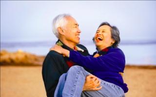 13 imagini minunate care dovedesc că iubirea nu are vârstă