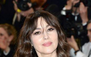 Monica Bellucci sfidează timpul: Actriţa arată impunător la 52 de ani
