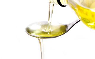 Cum îți influențează uleiul sănătatea orală