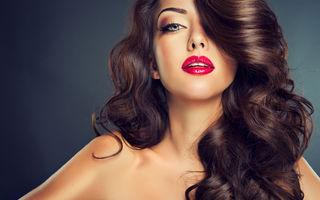 5 trucuri simple care te ajută să ai părul mult mai strălucitor