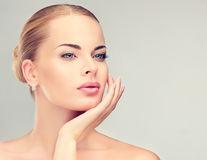 5 produse pe care dermatologii nu le-ar cumpăra