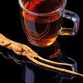 De ce ar trebui să bei ceai de ginseng. 4 beneficii pentru sănătate