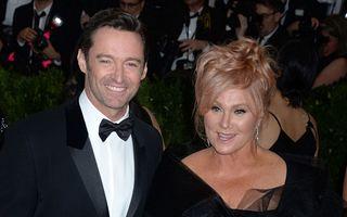Curiosul caz al lui Hugh Jackman: Soţia lui are 61 de ani şi e fericit cu ea