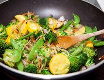 Cum să găteşti legumele ca să fie delicioase? Timpul de gătire e cel mai important